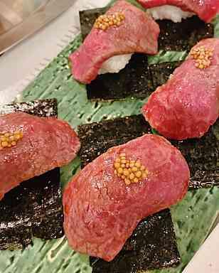 肉寿司!うまし